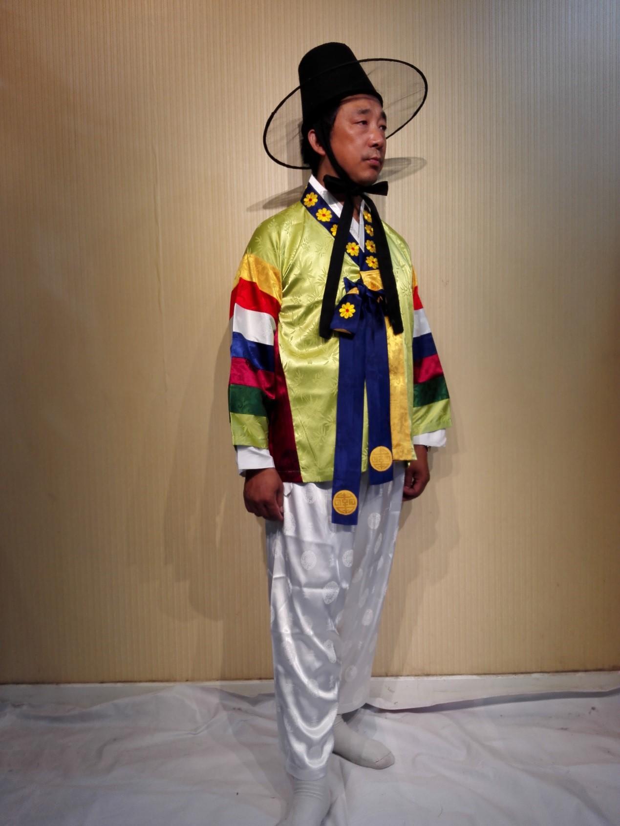 朝鲜族男装