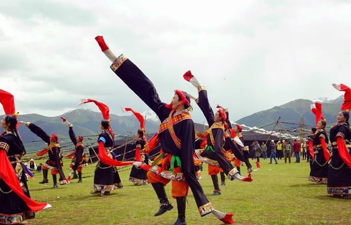 少数民族舞蹈