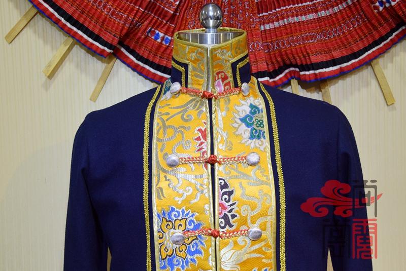 藏族传统男装02