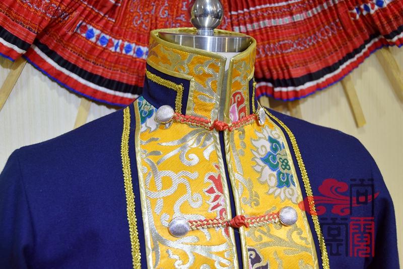 藏族传统男装03