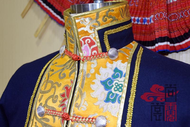 藏族传统男装06