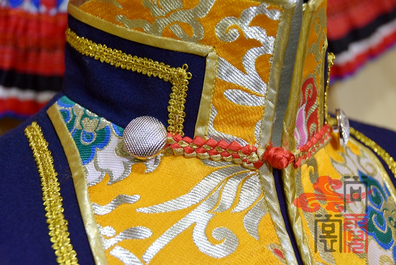 藏族传统男装12
