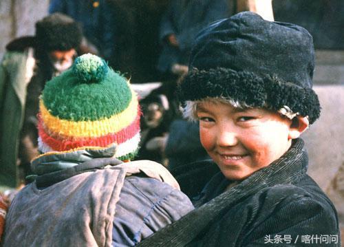 了解维吾尔族服饰6