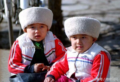了解维吾尔族服饰7