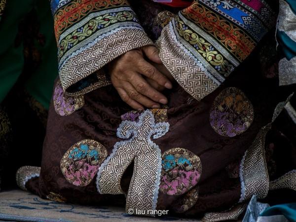 「齐齐哈尔民俗文化」达斡尔族的服装代表着什么意思