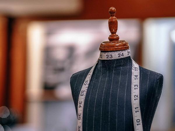 客户想要定制少数民族服装需要知道的五个点