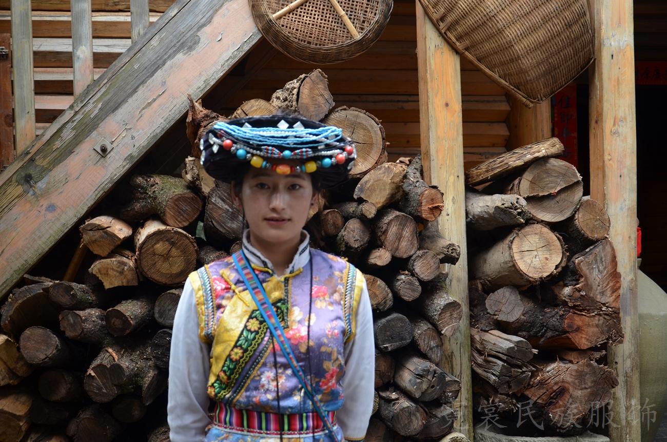 普米族,传统服装