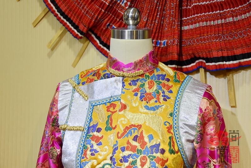 藏族传统女装05