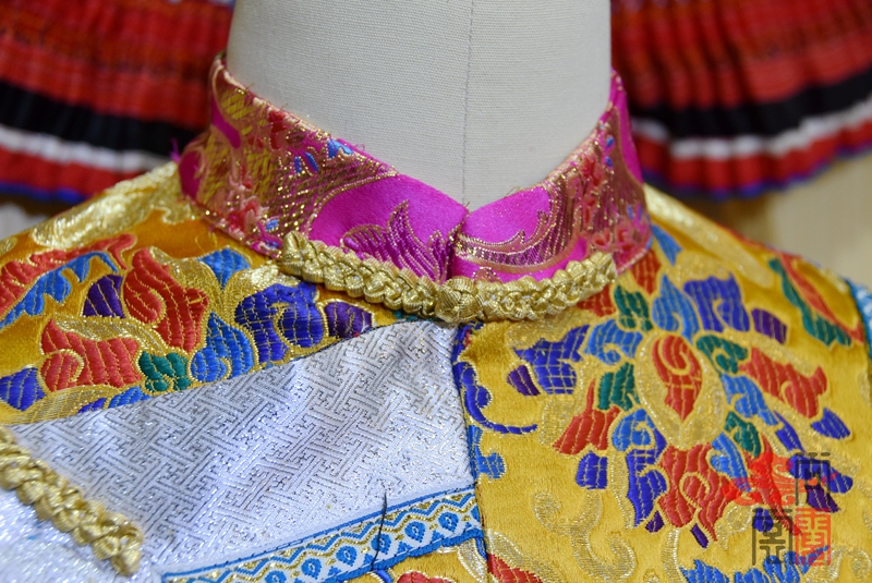 藏族传统女装15