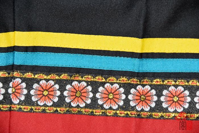 彝族民族校服6
