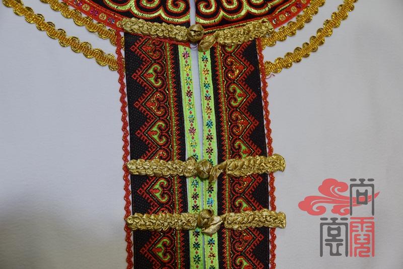 少数民族服饰彝族礼仪商务装3
