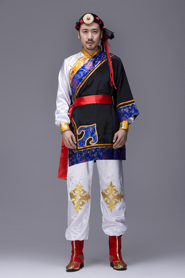蒙古族男服装图片1