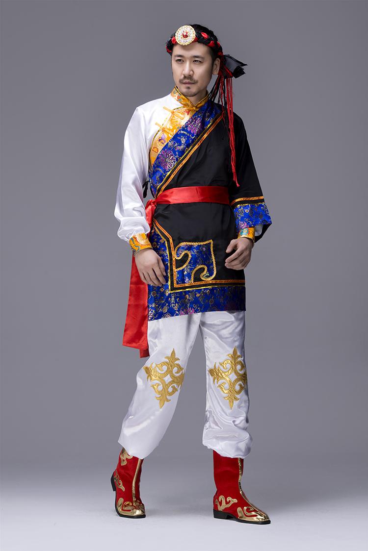 蒙古族男服装图片2