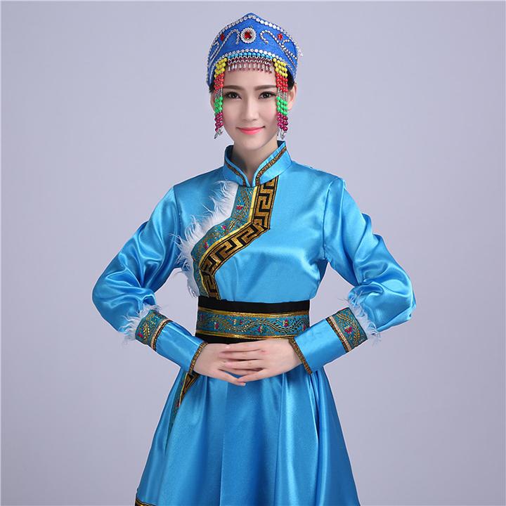 蒙古族女装图片1