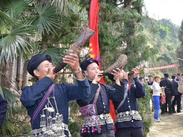 中国传统少数民族服饰文化是否会消失?该如何保护?