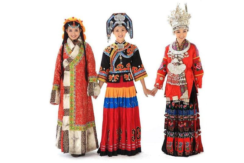 少数民族服装