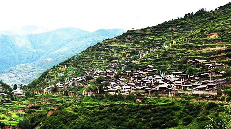 大录古藏寨