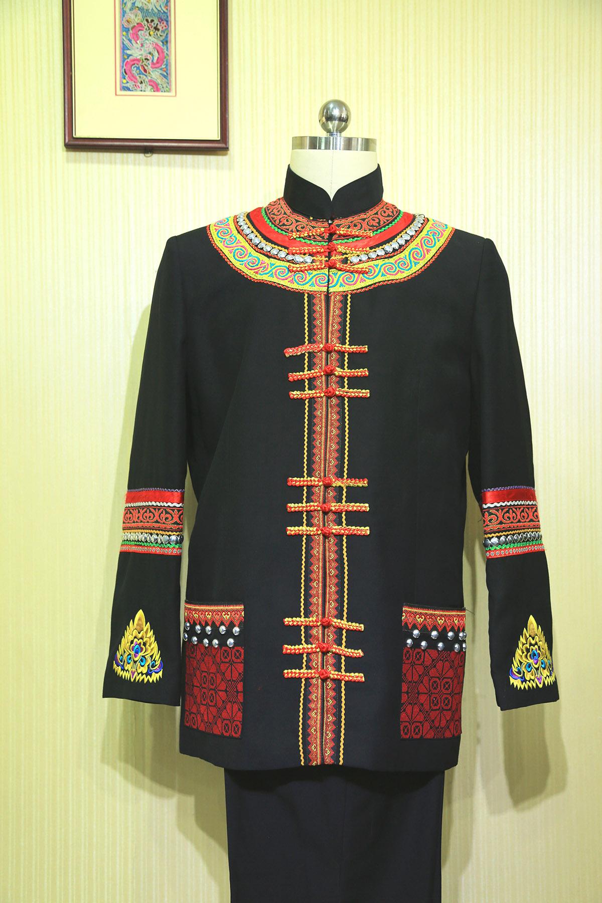 霓裳民族服饰产品
