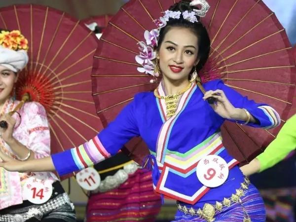 民族服饰文化在文化旅游产业的创新引导作用