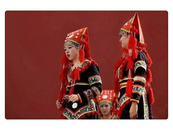 云南少数民族服装 - 瑶族服饰