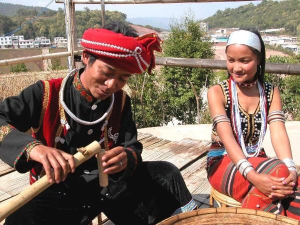 云南少数民族服饰 - 佤族服装