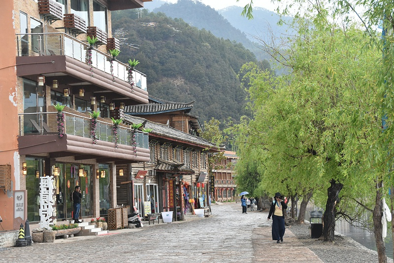泸沽湖畔文化古迹