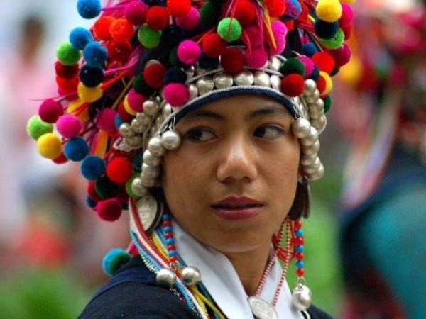 云南少数民族服饰--哈尼族各支系服装特点图片