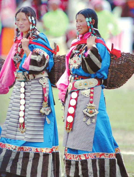藏族新年服装