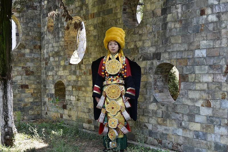 藏族服饰女装