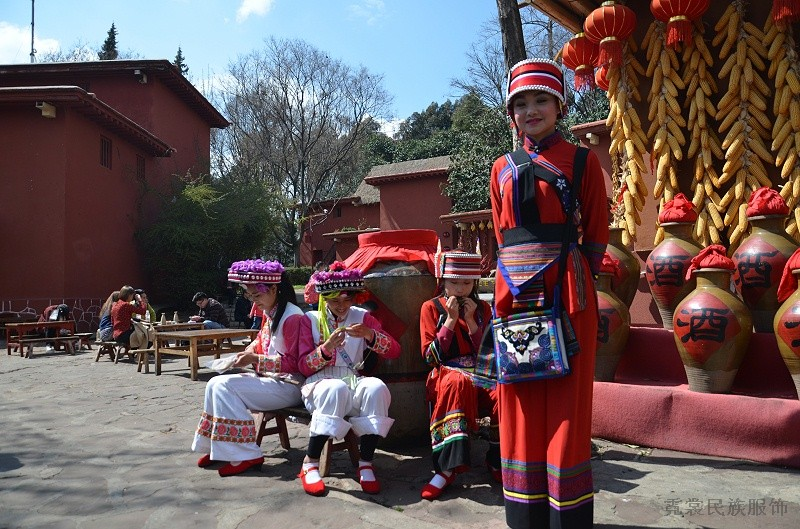 文化旅游景区民族服饰应用
