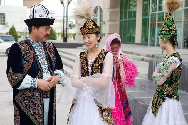 新疆维吾尔族