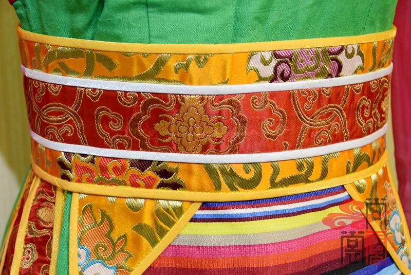 藏族铉子舞蹈服装16