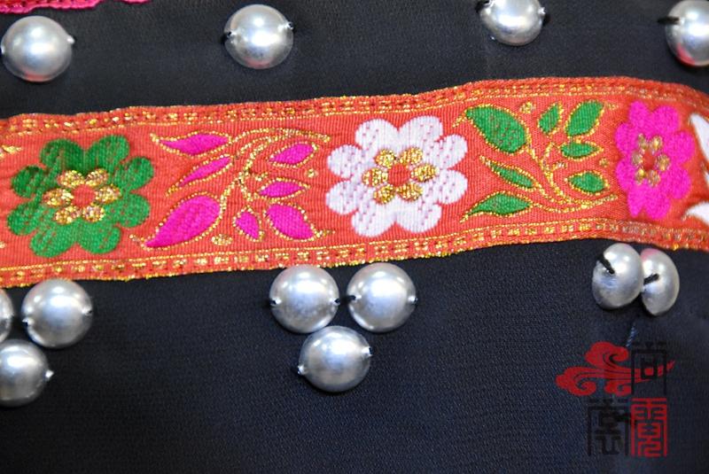 佤族舞蹈服装05