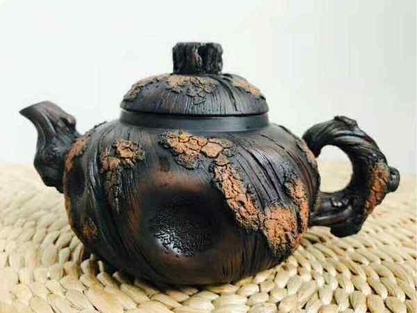 云南民族民间艺术土陶与泥塑