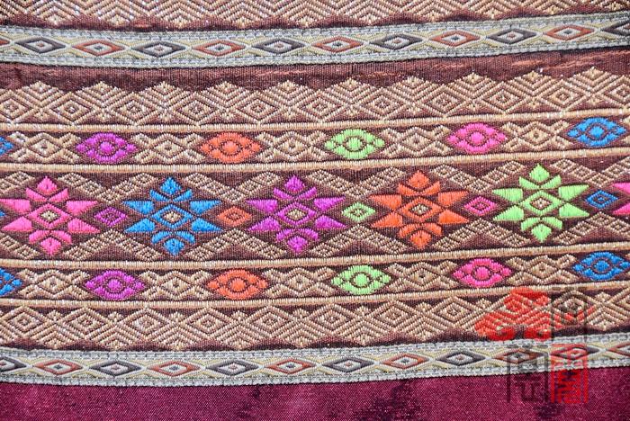 傣族服饰11