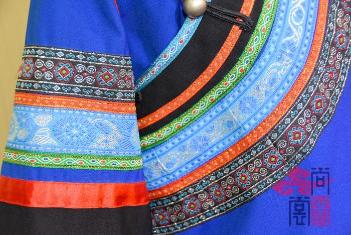 少数民族服饰彝族服装10