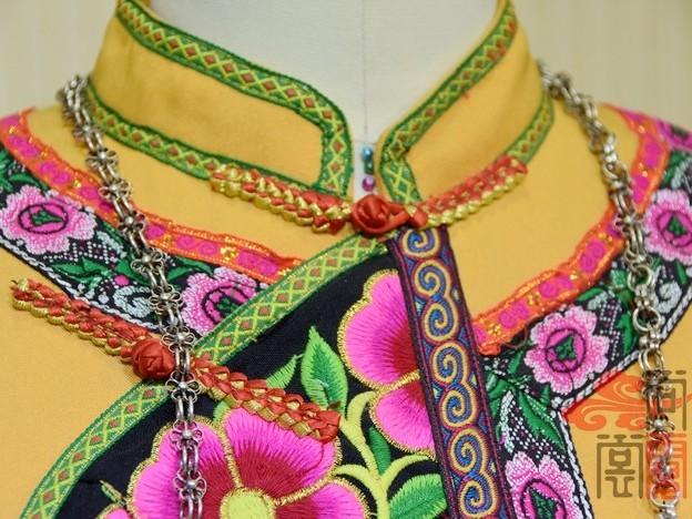 少数民族服装彝族服装