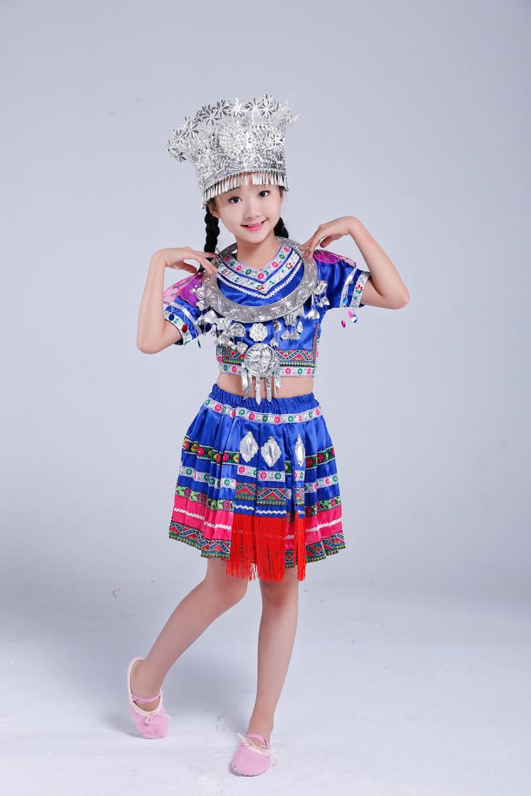 儿童苗族服装图片裙子款4