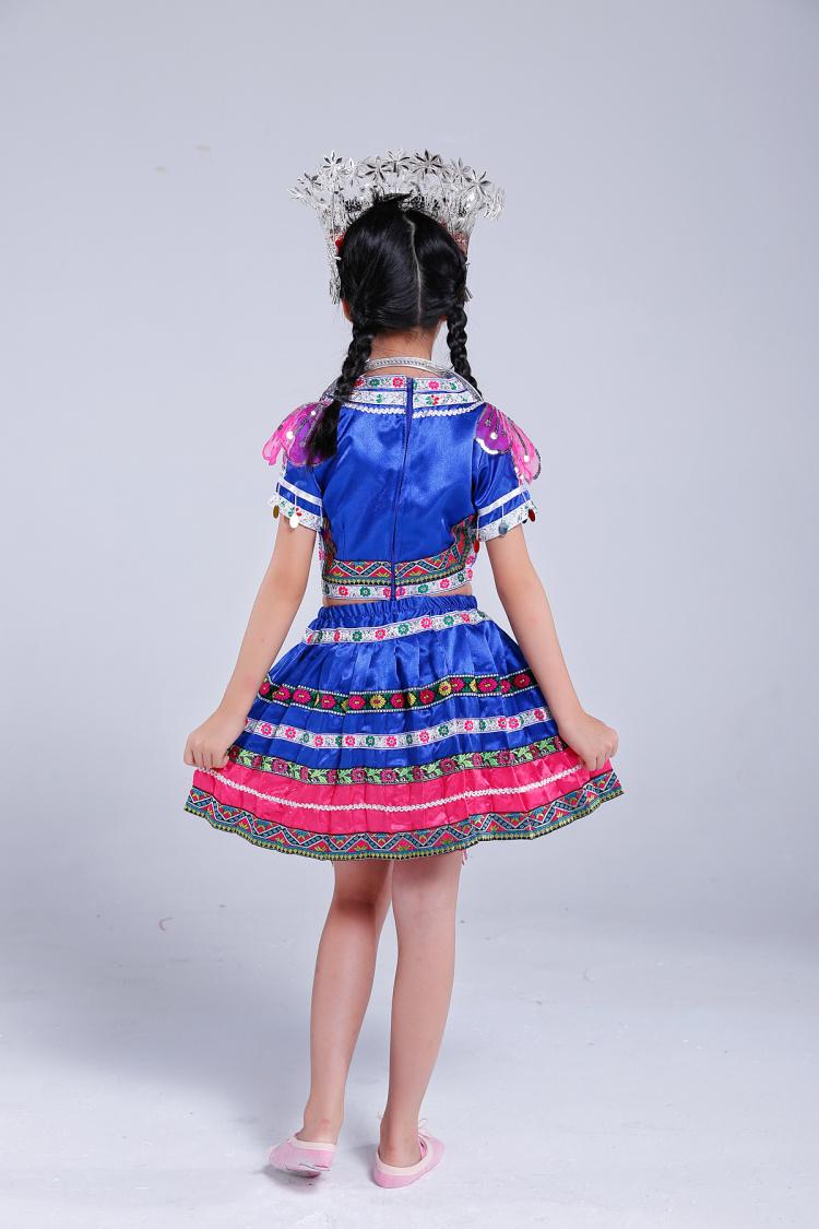 儿童苗族服装图片裙子款5