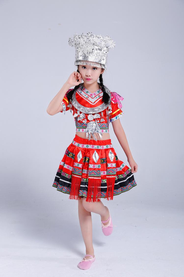儿童苗族服装图片裙子款2