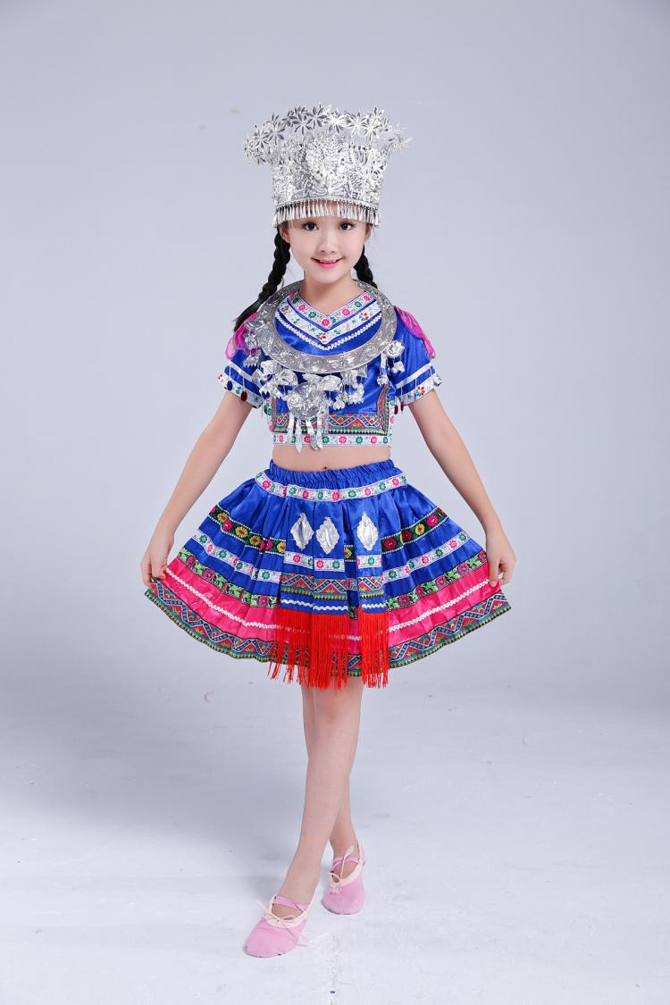 儿童苗族服装图片裙子款3