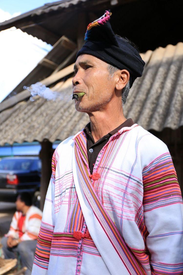 基诺族男装