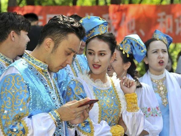 中国境内人口最少民族,塔塔尔族文化习俗介绍