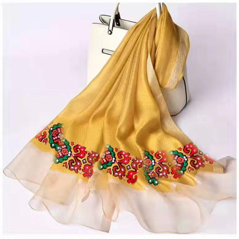 民族特色丝巾
