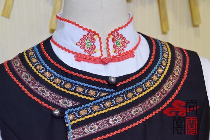 少数民族服饰彝族服装2