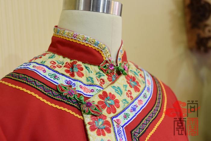 彝族服装6